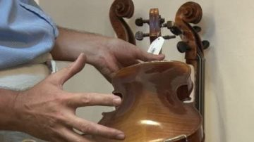 港制琴大师赞大赛展小提琴魅力