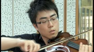 音乐进修生期盼参加小提琴大赛