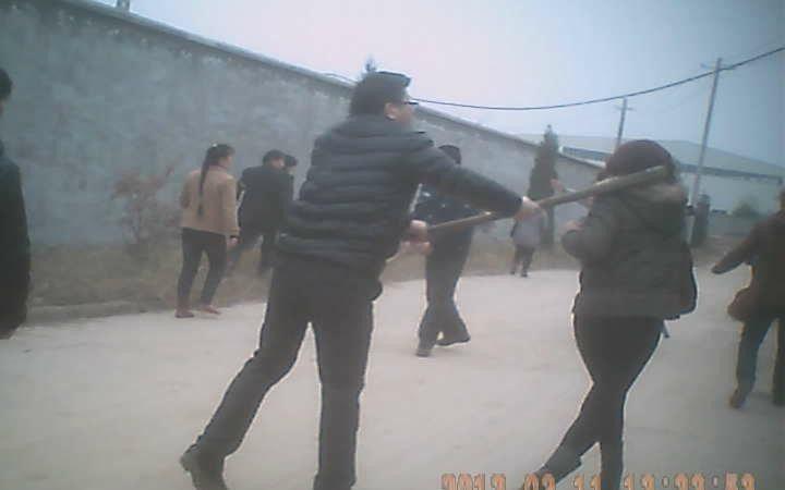 方文武:武汉市民冲击黑监狱记实