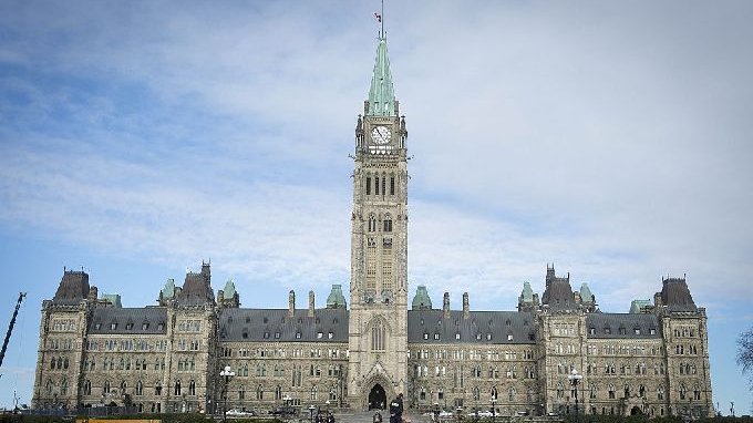 加国前参议员控告参议院及皇家骑警 要求赔偿780万加元