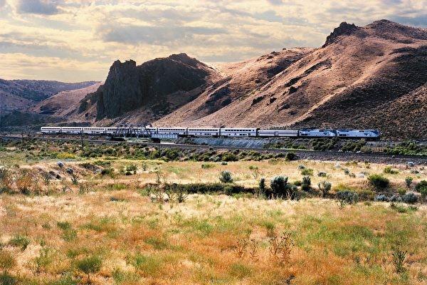Amtrak西南酋长号从芝加哥开始的美国西征