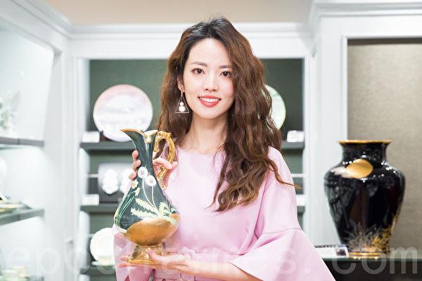 台湾女星阿诺将赴日蜜月 喜收新婚贺礼