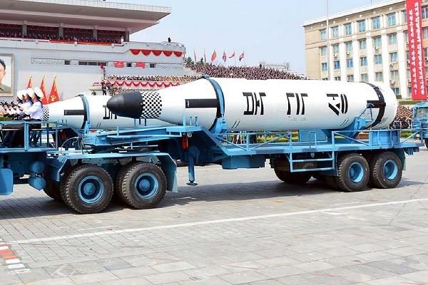金正恩亮出獠牙:不怕制裁 要靠核武完成统一