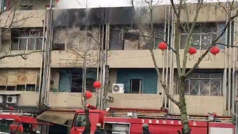 宜兰民宅火警酿2死3伤 母抛女跳楼急逃生