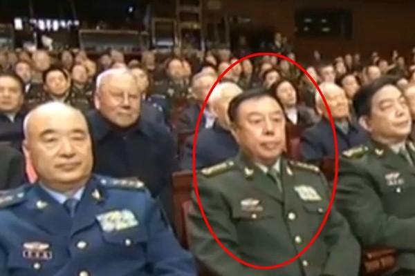 法媒:范长龙摧而不倒 疑军中打虎遇阻