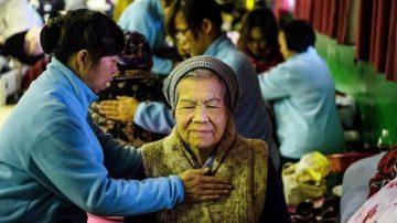 台湾花莲地震第三天 受困民众陆续获救