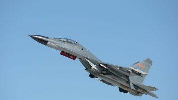 中印边境竞相部署新战机 外媒:洞朗对峙还没完
