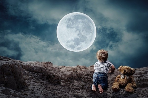 揭开月亮身世之谜 科学家有七大证据