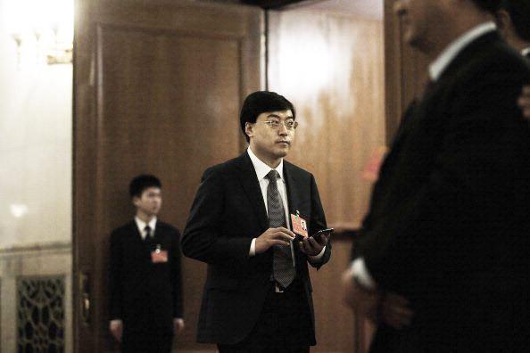 伊利集团发避谣声明 称董事长潘刚在国外治病