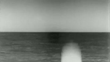 """美潜舰发射""""战斧巡弋飞弹"""" 出水片段曝光(视频)"""