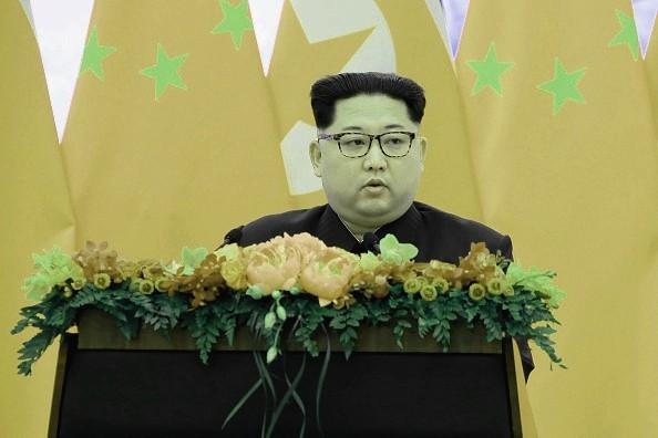 """金正恩继续""""示弱"""" 纪念金日成未秀核武"""