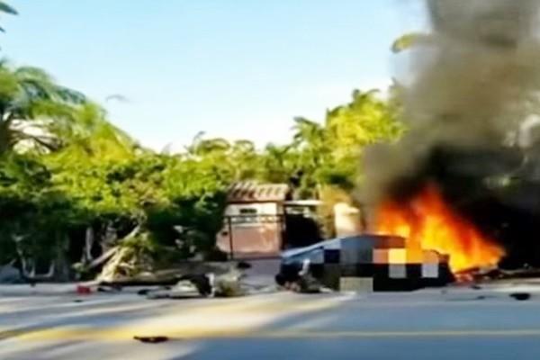 特斯拉自驾频出事 撞击疑致电池起火