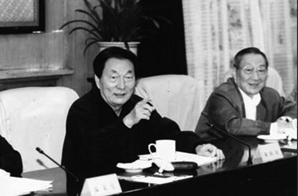 江泽民为一事咆哮 用李岚清牵制朱镕基