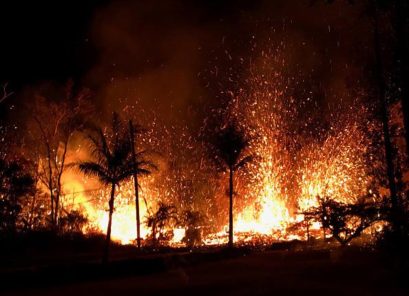 """夏威夷火山口能烤棉花糖?美国地质调查局回复很""""呆萌"""""""