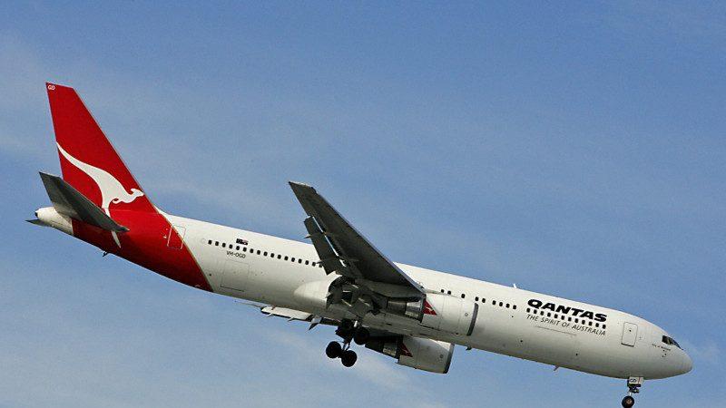 """吓!客机在空中""""超机"""" 一架遭尾波乱流""""俯冲""""太平洋"""
