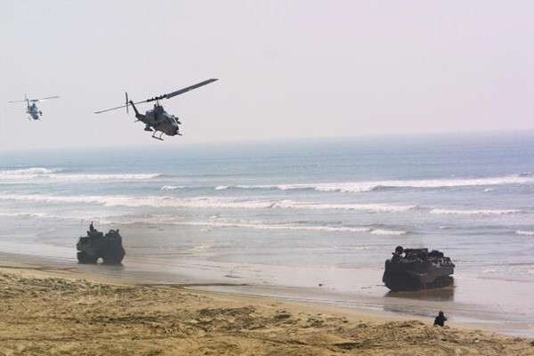 美国防部:将售台36辆AAV7A1两栖突击车