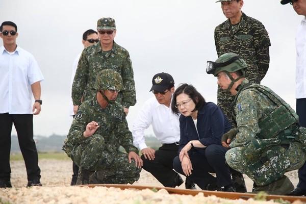 美台开始联合军演  北京呼吁美慎重