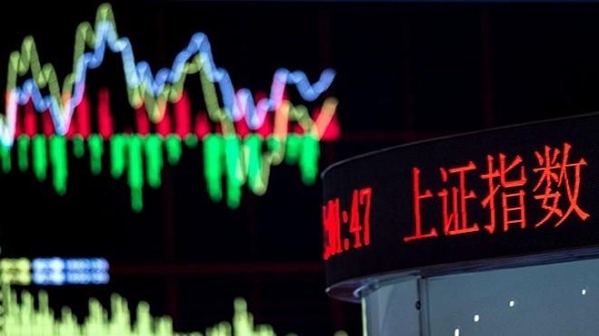 华尔街日报:大陆股汇齐跌 凶险更甚2015股灾