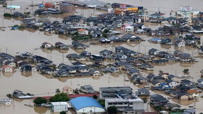 历史性豪雨已知72死 全日本逾1/4县区发土石流警报