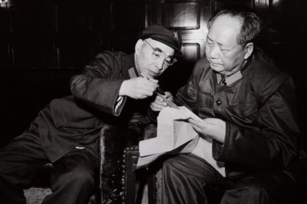 毛泽东警卫长披露:林彪死了 毛泽东也垮了