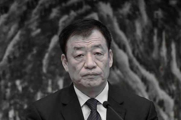 抢棺掘墓敏感时刻 江西省长刘奇辞职引猜测
