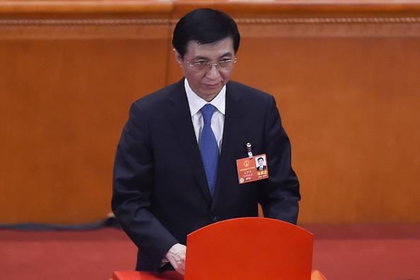 王沪宁隐身北戴河 权力早已被削弱