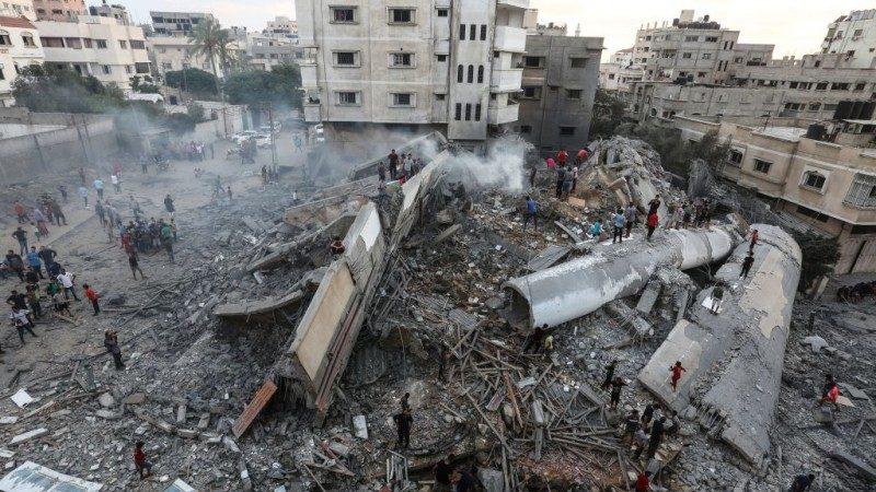 以色列首次内陆遭攻击 展开强烈反撃