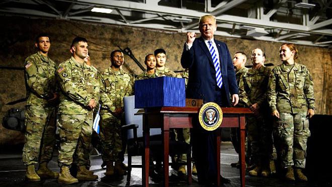美新国防法案118次提中共 新冷战时代开启