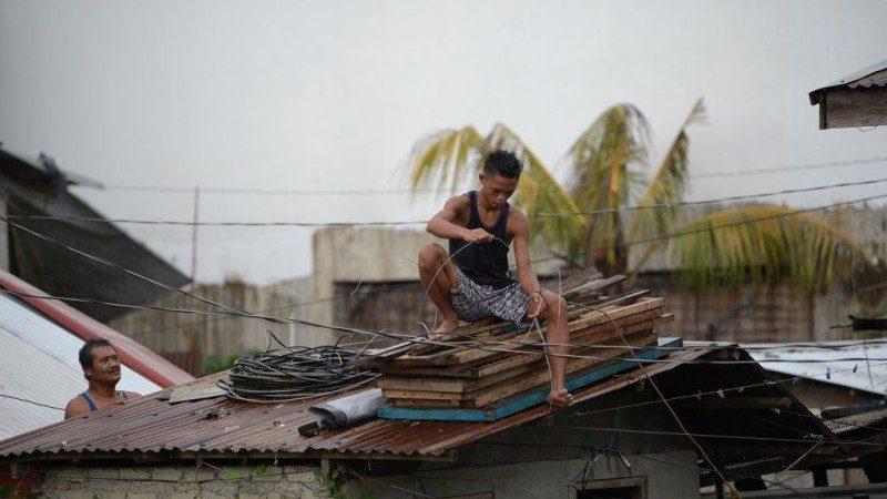 """""""山竹""""威力媲美5级飓风 菲律宾严阵以待"""