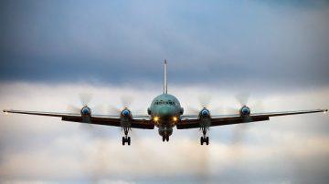 俄军机遭叙利亚飞弹击落 俄:都怪以色列!