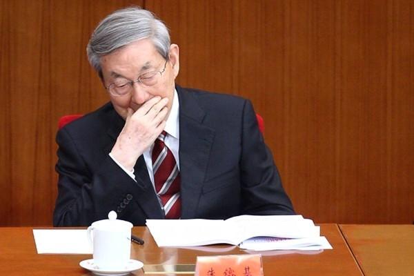 美媒:北京不敢向川普让步 原来是因朱镕基