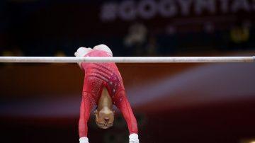 美国体操女队世锦赛4连冠 两位中国弃儿是功臣