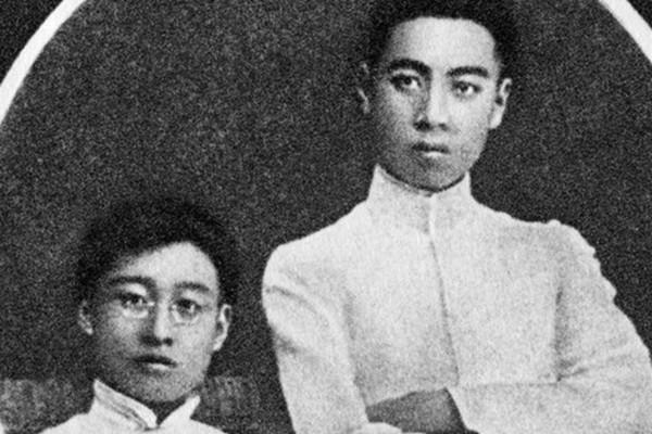 """学者揭周恩来是""""同性恋"""" 变态侍奉毛泽东(视频)"""