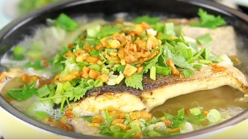 鲳鱼米粉  美味年菜一定要吃(视频)