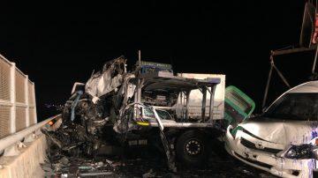 台国道3号大货车与联结车冲撞 驾驶1死2伤