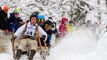 惊险欢乐 德国巴伐利亚雪橇比赛