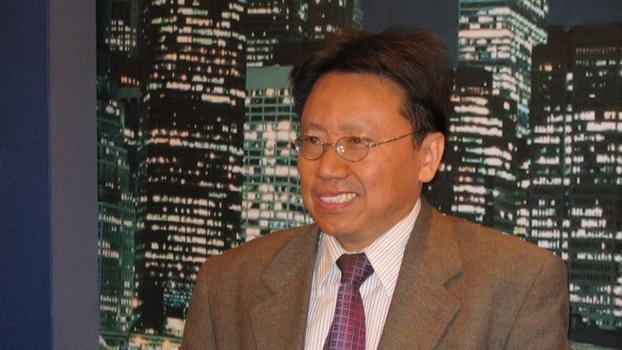 不准报导习近平获赠博士 王沪宁有权就任性 篡改教科书 还篡改字典