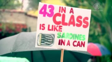 洛县教师罢工 影响学区近50万学生
