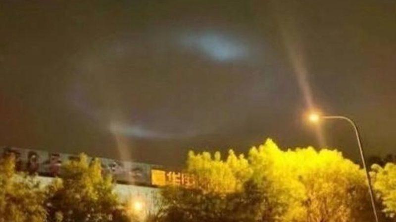北京夜空驚現神秘光影 網友:是復活節的預兆嗎? (組圖/視頻)